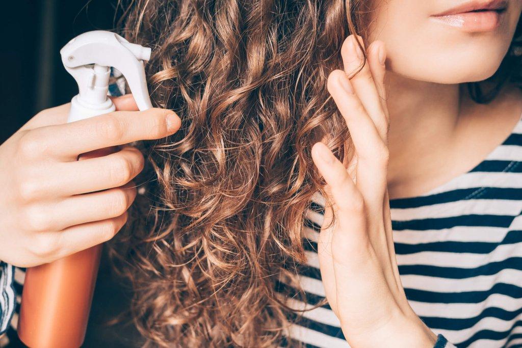 madeixas-sempre-lindas-descubra-como-cuidar-dos-cabelos-no-verao.jpeg