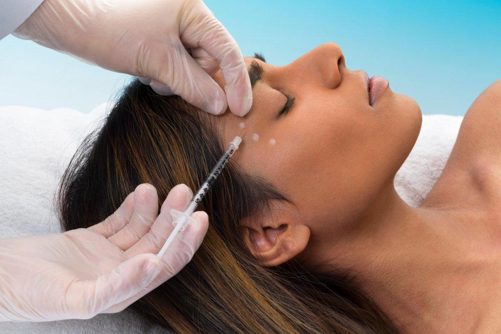 Quer aprender como o Botox funciona e como potencializar seus resultados? Acesse o post a seguir e confira as informações que preparamos para você.